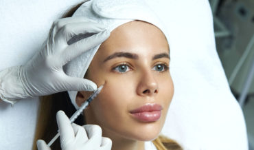 Услуги в сфере «индустрии красоты»: нужна ли медицинская лицензия?
